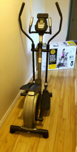 Gold's Gym Stride Trainer 350i Eliptical with tablet holder
