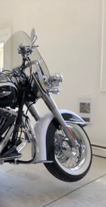 Harley Davidson Softail Deluxe ... Low KM's