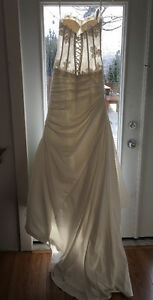 Brand new Venus and Symphony wedding gown