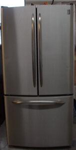 GE Profile Réfrigérateur à porte française de 20.8 pi3.