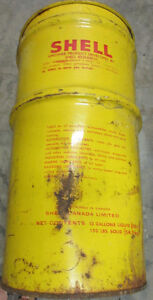 Vintage large SHELL Grease or oil can Cornwall Ontario image 2