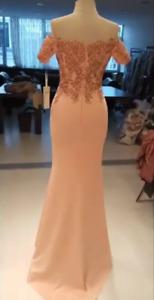 Très belle robe de soirée