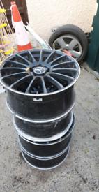 mercedes r19 wheels.2 wheels welded in3 places