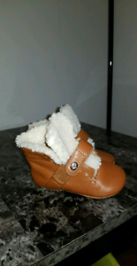 Urban Hiker Infant Coach Booties US 3 (6-9 m)