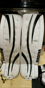 LIKE NEW set of goalie gear