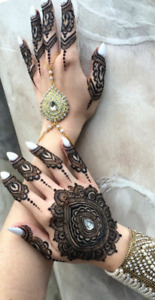 Henna artist available.