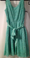 Lace dress worn once - size small