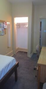 Comfortable Downtown Lindsay Room Kawartha Lakes Peterborough Area image 7