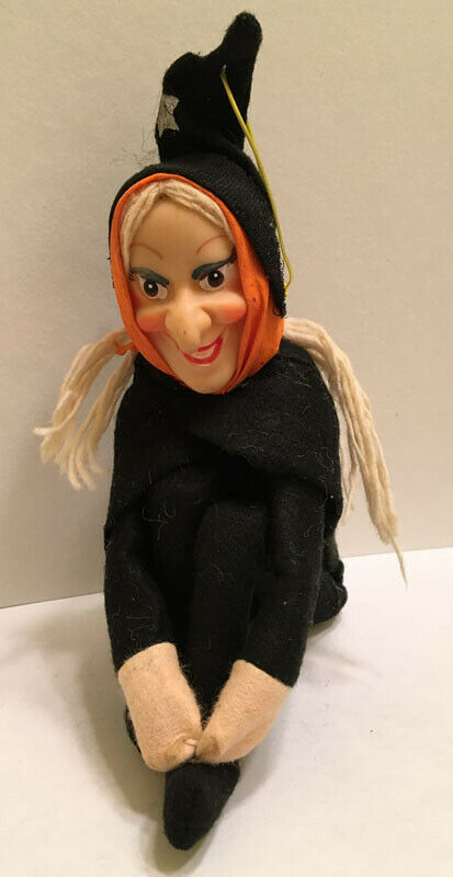 Classic Vintage Felt Halloween Knee Hugger Witch With Japan Tag C. 1960