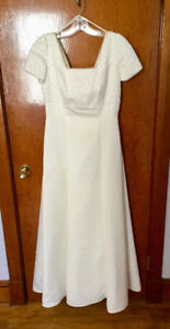 A Line Wedding Dress with pearl bodice. Fits sz 10 approximately