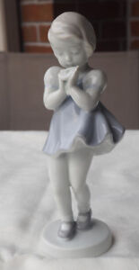 Beautiful Porcelain Figurines ~ Perfect Condition. Best Price!