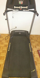 Treadmill for sale!! Good condition West Island Greater Montréal image 1
