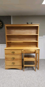 Old desk/dresser with chair