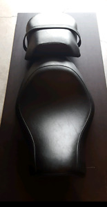 Factory 2 piece seat off of 2012 Harley Davidson Iron 883
