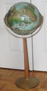 Globe terrestre sur pied (style vintage) de 33 pouces de hauteur