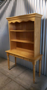 Beautiful Wooden Desk. **Delivery Included**
