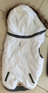 Winter Dog Coat with Hood - size Med (16) in great condition!