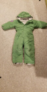 Warm suit for the winter (boy- size4)