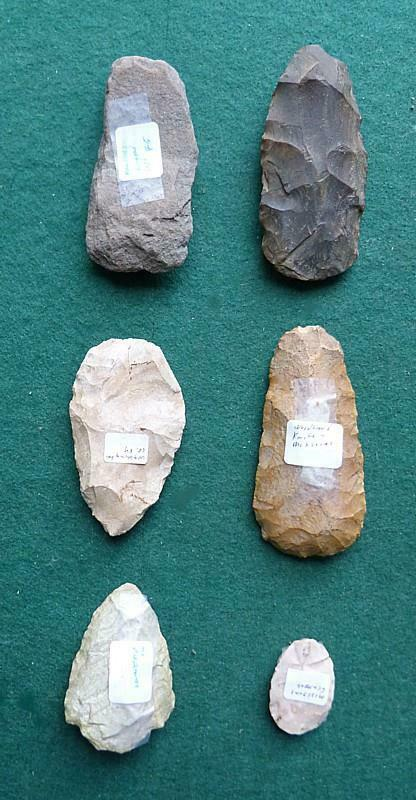 7 NEOLITHIC AMER. KNAPPED  TOOLS - 4 KNIVES, SCRAPPER, CELT PRE-FORM & MYSTERY