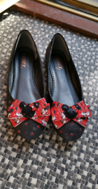 Bespoke minnie mouse shoes