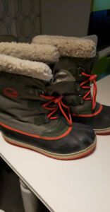 Sorel size 7 winter boots