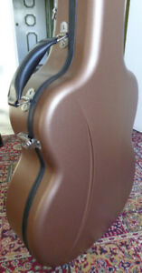 Guitar Case:  Visesnut Ultra Light Weight / Ultra Strong