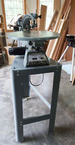 "Delta 18"" Electronic Scroll Saw -like new"