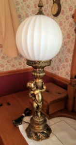 VINTAGE LAMP CHERUB CAST BRASS BRONZE WHITE GLASS GLOBE ANTIQUE