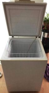 Congelateur blanc ( petit cube)