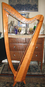 BEAUTIFUL SOUNDING ATTRACTIVE 36 STRING HARP, LIKE NEW, FOR SALE