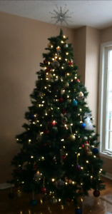 7ft pre lit xmas tree and assorted xmas ornaments