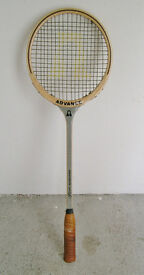 Advance squash racquet