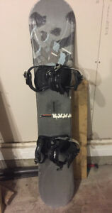 Morrrow Snowboard w/ Lamar Bindings 154cm