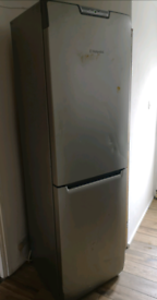 Tall frost free fridge freezer hotpoint