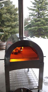 Stainless Steel Outdoor Wood-Fired Pizza Oven