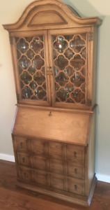 MOVING - Cabinet
