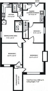Bright Spacious Renovated 3 Bed or 2 Bed 1 Living Room Suite