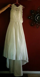 New With Tags, Beautiful Wedding Gown, Must Be Seen!!