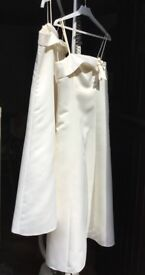 Wedding party, bridesmaids, flower girls dresses in ivory.