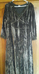 NEW PRICE - TOGETHER brand crushed velvet dress