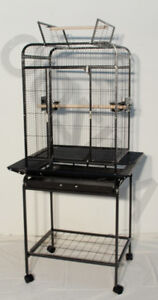 CAGE OISEAU TAILE MOYENNE 22x18x59 VENTE 274.99$