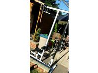 Lat pull down station