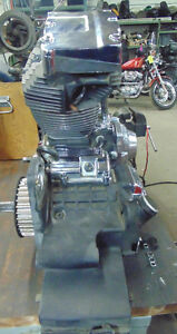 1999 Electra Glide complete engine and Drive train - TWIN CAM 88 London Ontario image 4