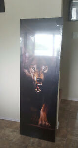 Large wolf canvas