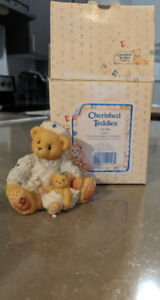Cherished Teddies Laura friendship makes it all better