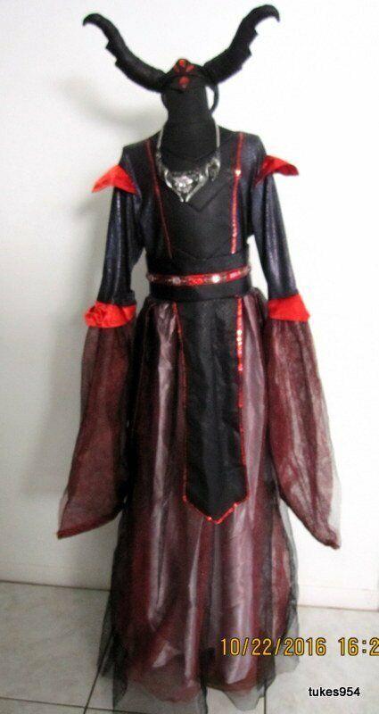 Chasing Fireflies Wishcraft Princess Witch 5 pc Red Black Halloween Costume 16