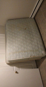 Double bed spring box and mattress