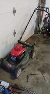 Honda HRX 217 commercial mower