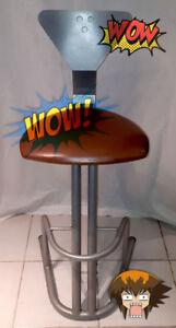Tabouret, siège en cuir / Stool, leather seat