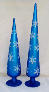 BEAUTIFUL BLOWN GLASS BLUE CHRISTMAS TREE PAIR